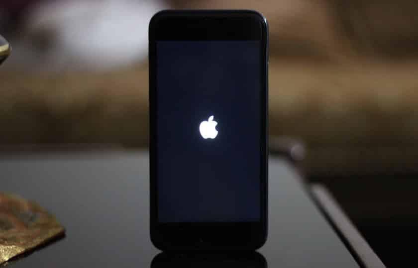 iphone yazılım güncelleme sonrası açılmıyor